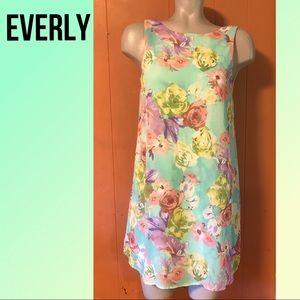 EVERLY chiffon mini dress sea green mint  floral S